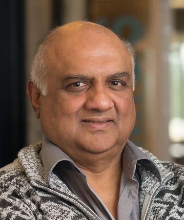 Dr. Mukesh Eswaran